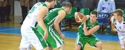 Krepšinio aikštelėje įtampa auga (GALERIJA)