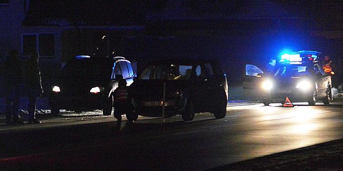Kelyje Kaunas – Prienai – Alytus 38 km susidūrė du automobiliai, vieną žmogų teko vaduoti ugniagesiams