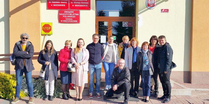 """Prienų """"Ąžuolo"""" progimnazija pradeda naują Erasmus+ projektą"""