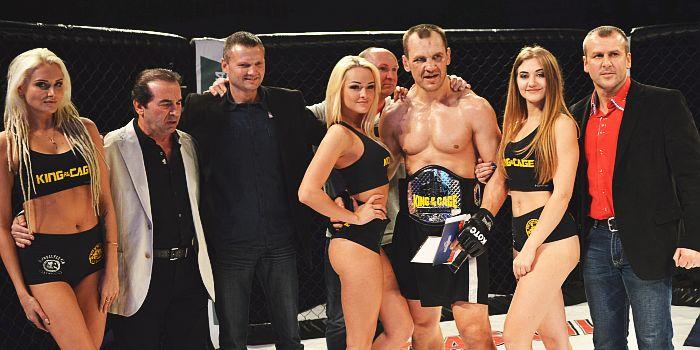 """Rokas Stambrauskas – """"King of the Cage"""" čempionas (nuotraukos/photo)"""