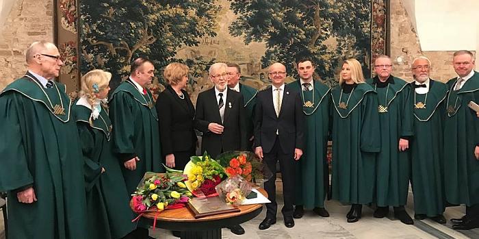 Prienų garbės piliečiui įteiktas Santarvės ordinas