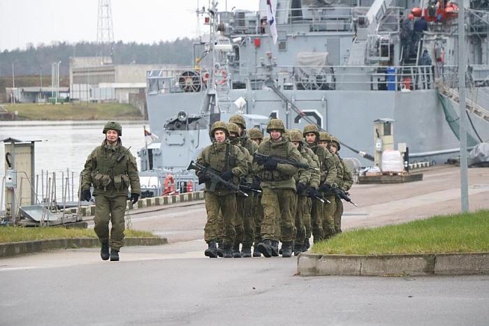 Karinių jūrų pajėgų šauktinių įspūdžiai ir pasirinkimas po tarnybos likti kariuomenėje