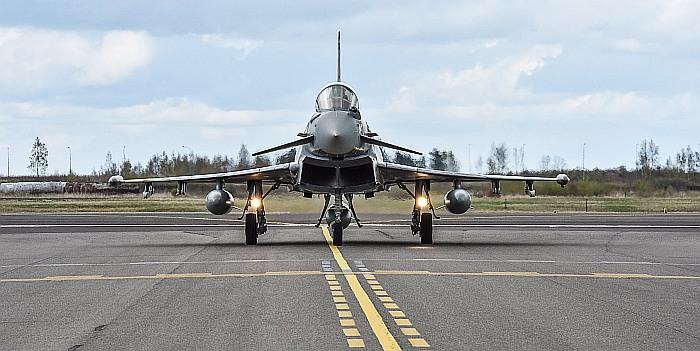 NATO oro policijos funkcijas Baltijos šalyse vykdantys naikintuvai kilo 6 kartus