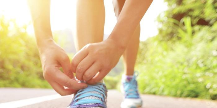 Vasaros belaukiant. Sportinė avalynė: vieni batai labiau tinka sparčiam ėjimui, kiti – bėgimui