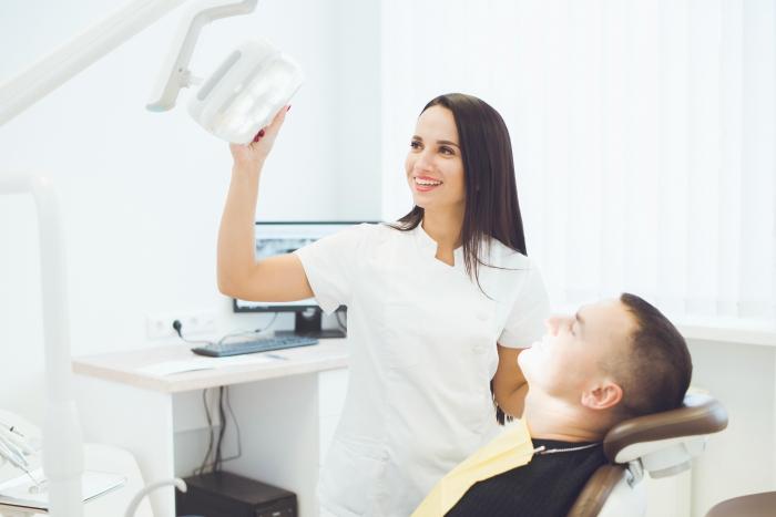 Turėti tobulą šypseną padės modernios technologijos ir patyrę specialistai