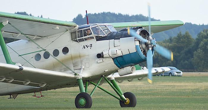 Vyriausybė Prienų savivaldybei perdavė du lėktuvus