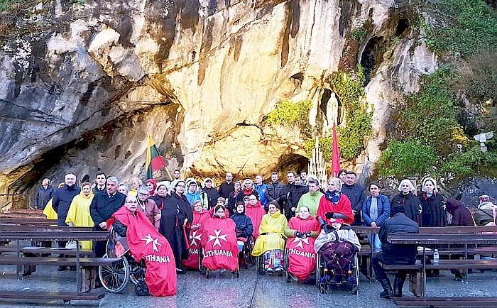 Piligriminėje kelionėje į Lurdą – ir gelbstinti prieniečių ranka