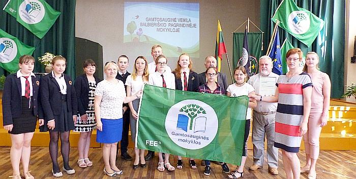 Žalioji vėliava vėl balbieriškiečių rankose