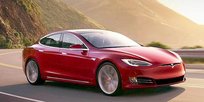 Tyrimas: kas labiau teršia – elektromobiliai ar dyzeliniai automobiliai?