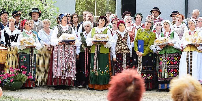 "Įsibėgėja festivalis ""An tėvo dvaro"""