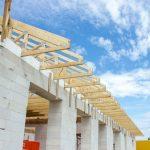 Medinės santvaros užtikrina mažesnes projekto išlaidas