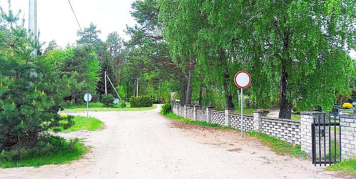Prie Prienų-Birštono kapinių – vėl eismo pokyčiai